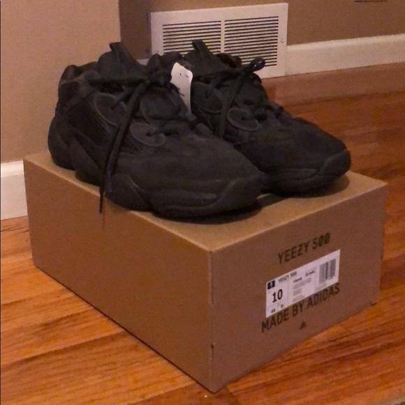 928ecda98c7 Adidas yeezy boost 500 utility black size 10. M 5b94a5bf409c1578c20fa8b3